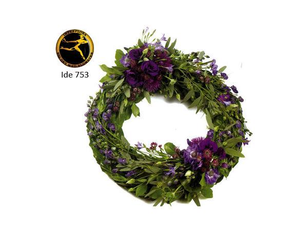 Bårekrans 6 - med årstidens blomster